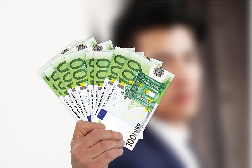 eura v ruce