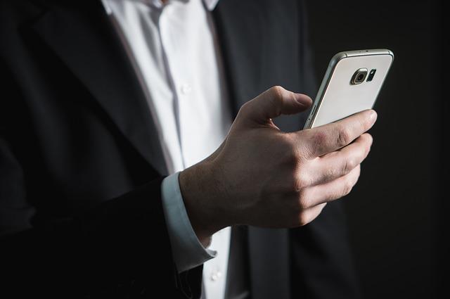 smartphone podnikatele.jpg